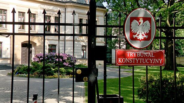 Trybunał Konstytucyjny orzekł, że ustawa o gruntach Warszawy jest zgodna z konstytucją TVN24