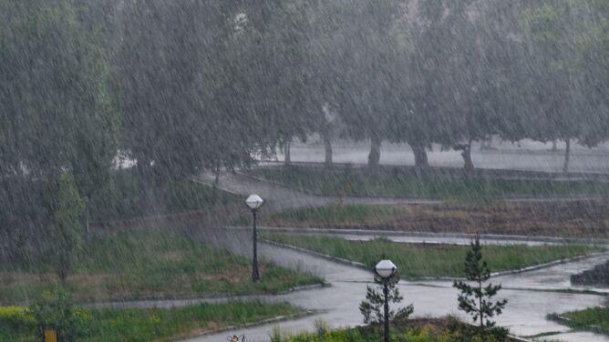 Niebezpieczna pogoda w części kraju. Są alarmy IMGW