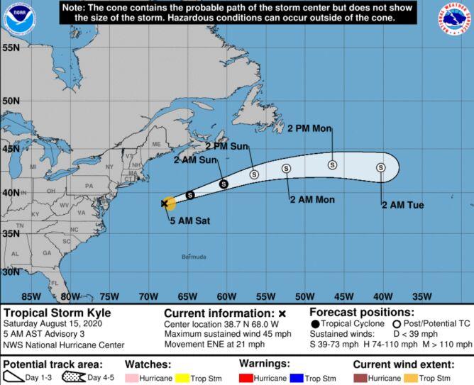 Prognozowana trasa burzy tropikalnej Kyle (NHC NOAA)