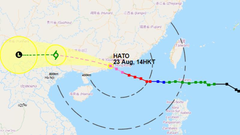 Zobacz trasę tajfunu Hoto (stan na godzinę 8; źródło: hko.gov)