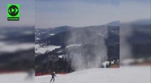 Wir powietrzny na stoku narciarskim